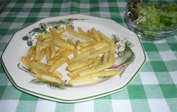 Frites/patat met mayonaise